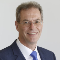 Prof. Dr. Manfred Wandt